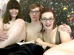 سرگرمی ماساژ Lizzy فیلم کامل سوپر سکسی London و Alia Janine Two Lesbians